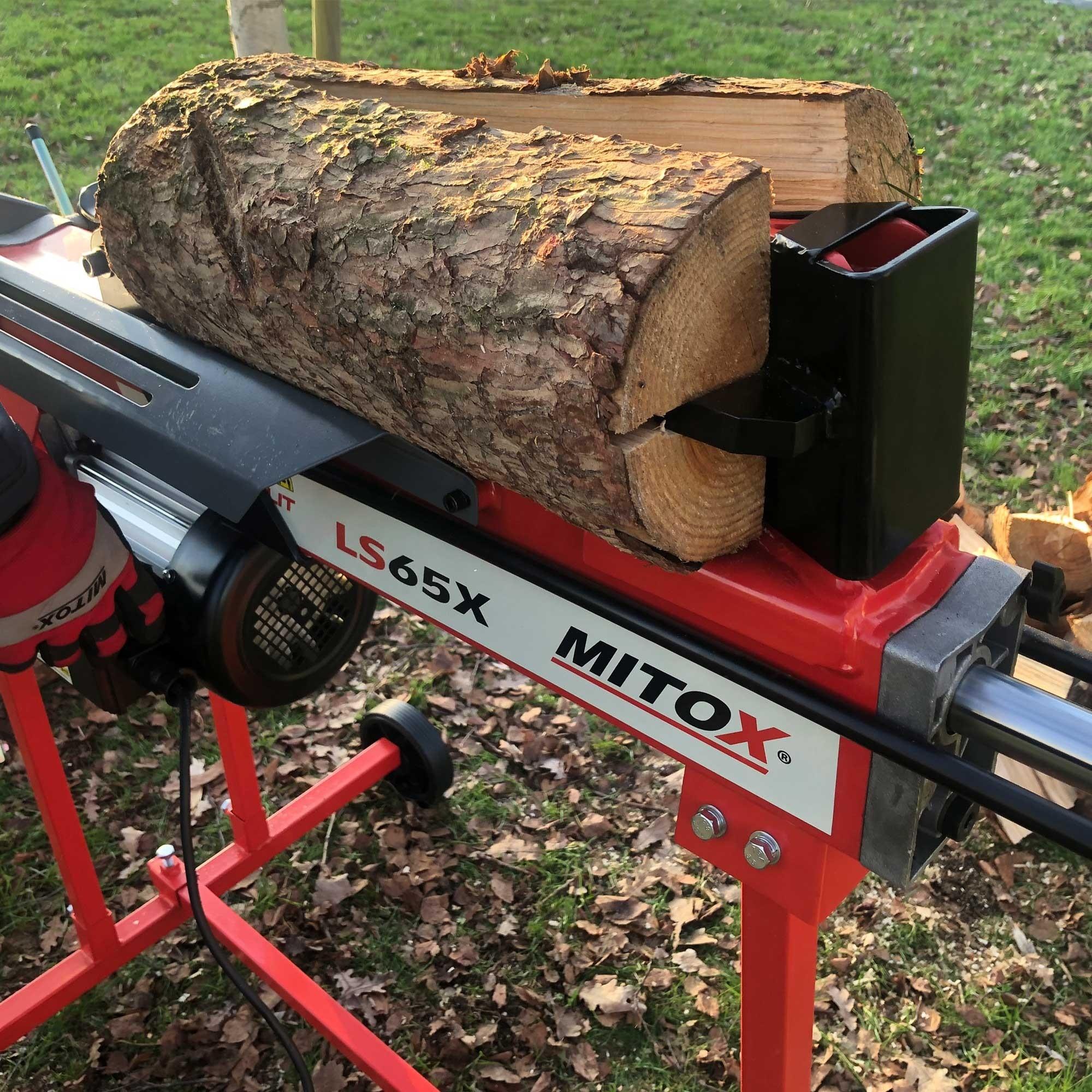 Mitox LS65X log splitter working